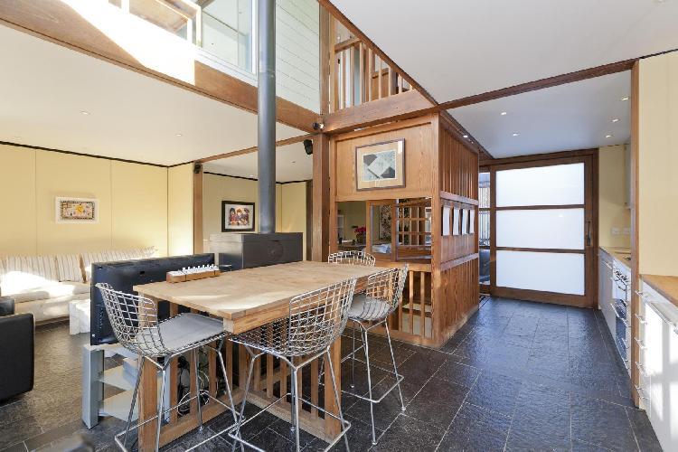 spacious London Orleston Mews luxury apartment