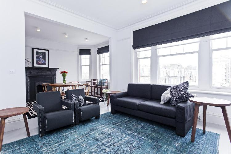 chic and charming London Dorset Square luxury apartment and vacation rental near West End's Marylebo