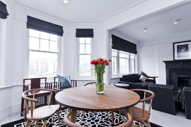 charming and chic London Dorset Square luxury apartment and vacation rental near West End's Marylebo