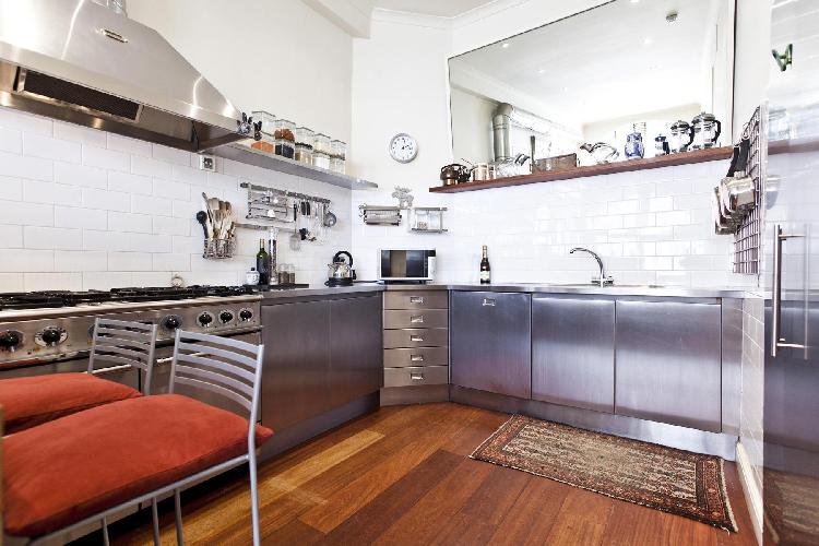 fully furnished London Queen's Gate Mews luxury apartment