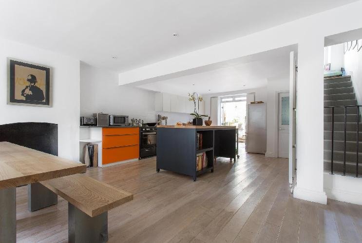 lovely London Westbourne Park Road luxury apartment and vacation rental