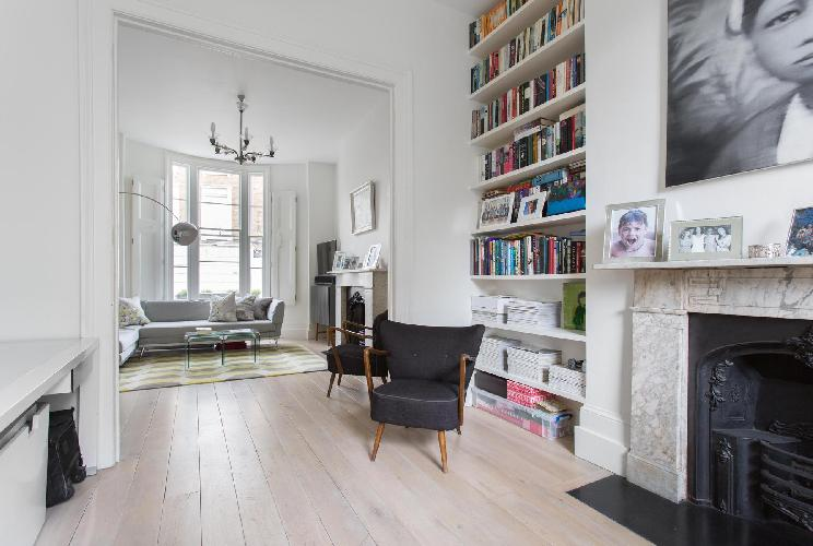 spacious, well-appointed London Westbourne Park Road luxury apartment