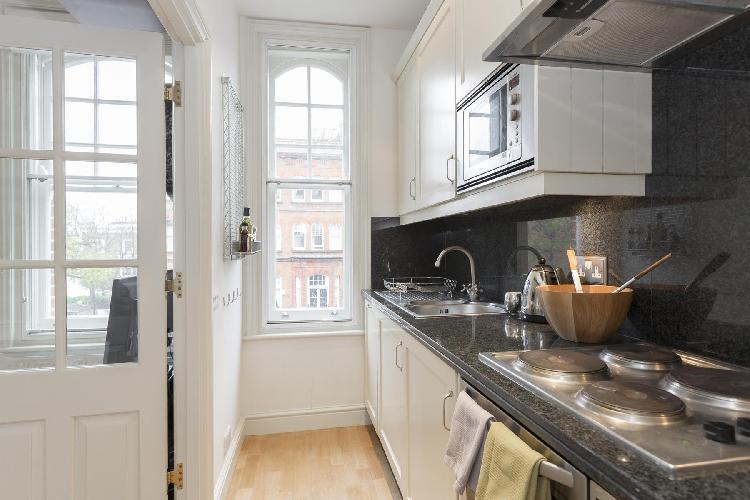 fully furnished London Oakley Street luxury apartment