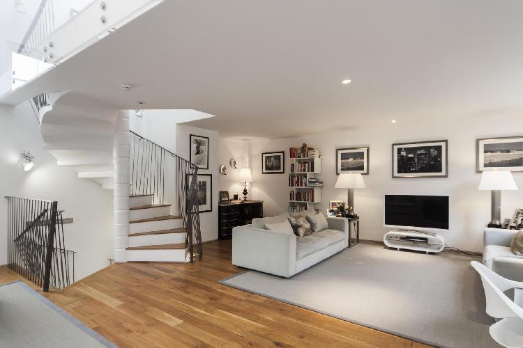 awesome London Ladbroke Road luxury apartment and vacation rental