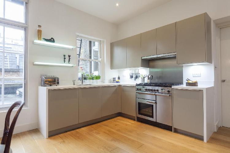 state-of-the-art kitchen appliances in London Crawford Street luxury apartment
