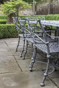 alfresco-dining furniture in London Alwyne Place luxury apartment