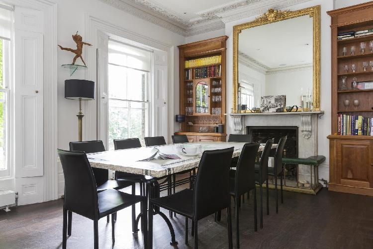 dining room of London Alwyne Place luxury apartment