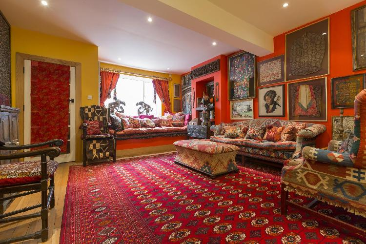 impeccable London Godfrey Street II luxury apartment and holiday home