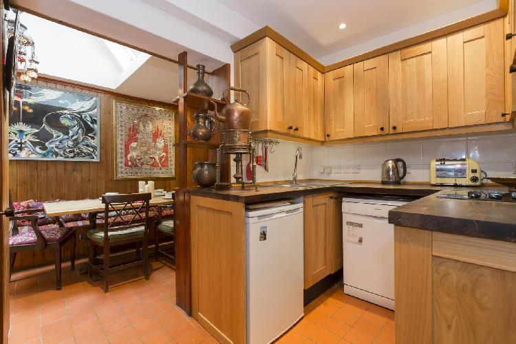 awesome modern kitchen of London Godfrey Street II luxury apartment