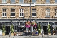 cool shops and restaurants near London Winchendon Road luxury apartment