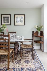 tastefully furnished London Winchendon Road luxury apartment