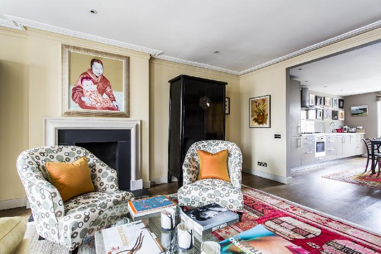 charming and chic London Cornwall Gardens III luxury apartment and vacation rental