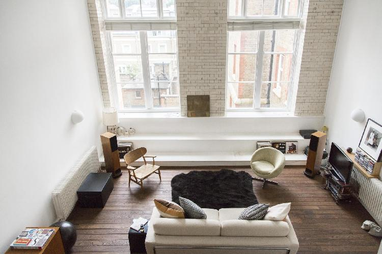 chic London Kingsway Place luxury apartment and vacation rental