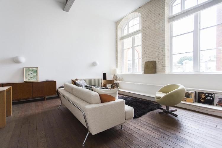 beautiful London Kingsway Place luxury apartment