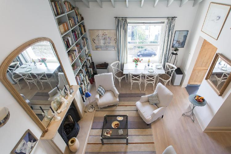 beautiful London Parkhill Road luxury apartment and holiday home