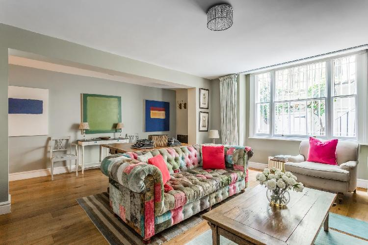 exquisite London Queens Gardens III luxury apartment and holiday home