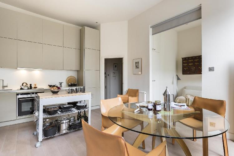 awesome London Weymouth Street II luxury apartment and holiday home