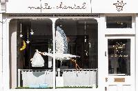 a nice shop near London Beaufort Gardens luxury apartment