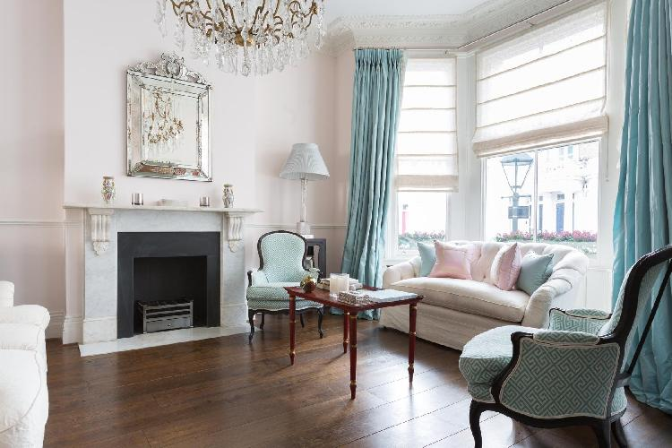 breezy and bright London Bramerton Street II luxury apartment and holiday home