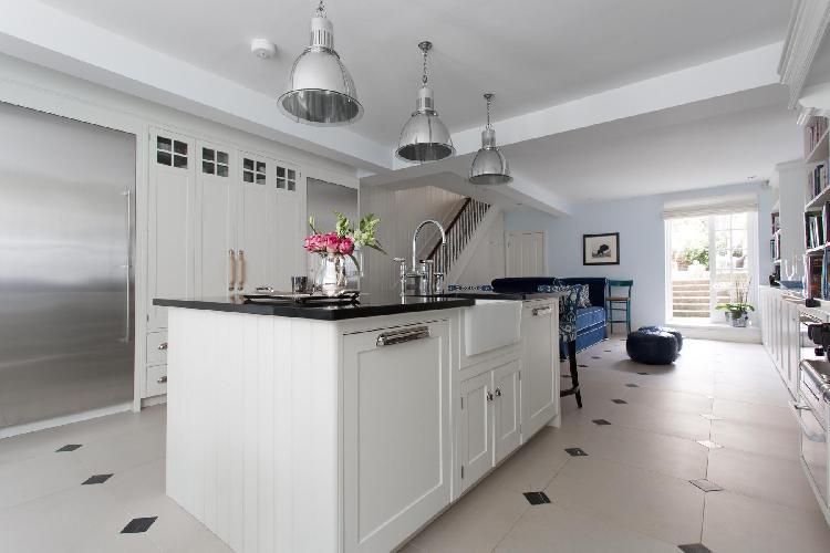 spacious modern kitchen in London Bramerton Street II luxury apartment