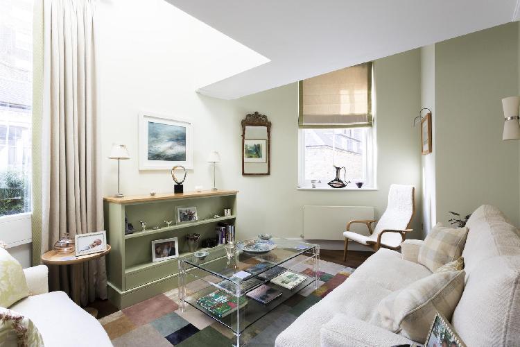 fully furnished London Petersham Mews II luxury apartment