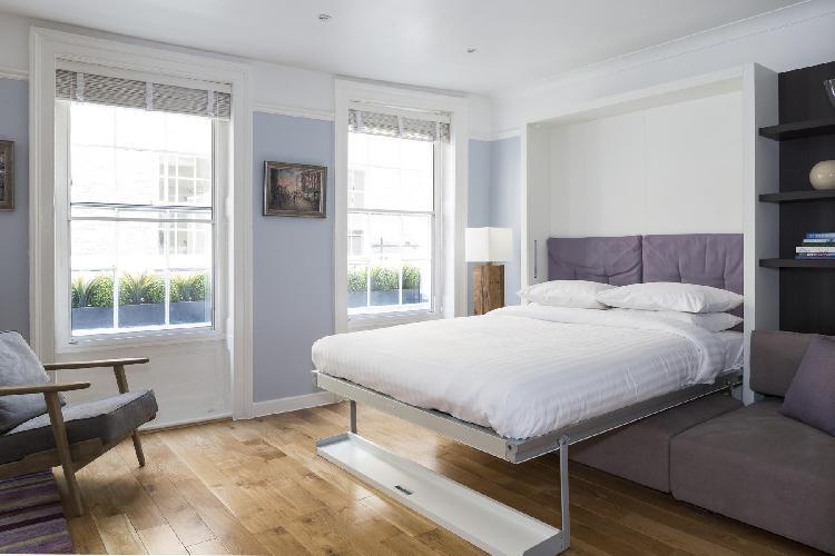 fully furnished London New Row Studio II luxury apartment