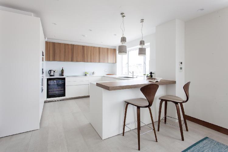 nifty breakfast bar of London Petersham House luxury apartment