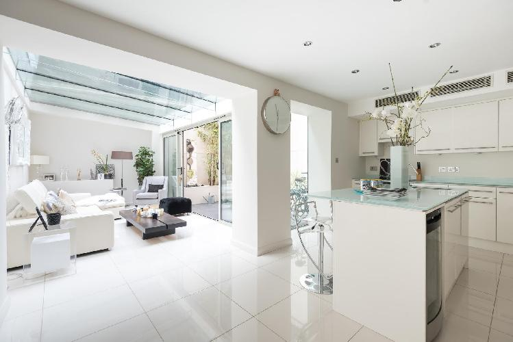 splendid London Cheyne Row II luxury apartment and holiday home