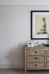 bedroom furnishings in London Albert Bridge Road II luxury apartment