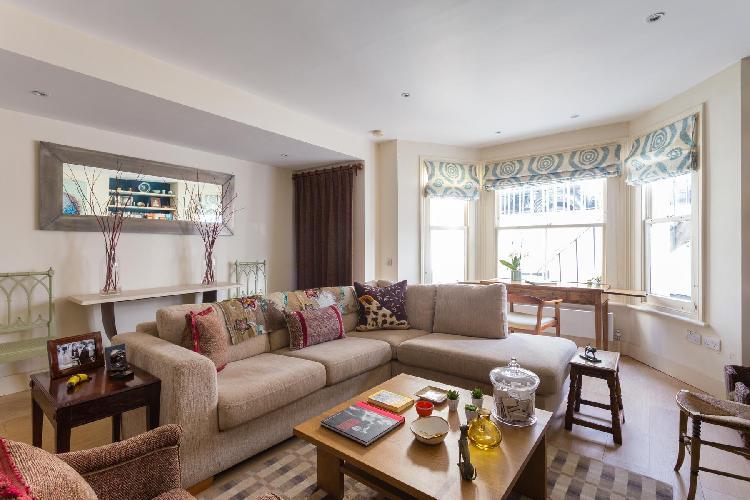 cozy and charming London Bramerton Street V luxury apartment