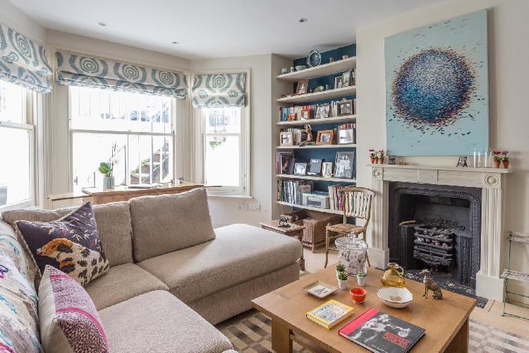 sunny and airy London Bramerton Street V luxury apartment and vacation rental
