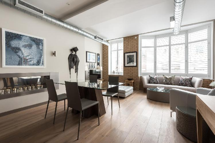 nice and nifty London Berners Street III luxury apartment and holiday home