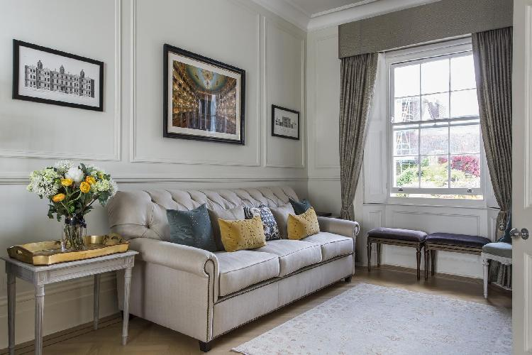 lovely London Ovington Gardens luxury apartment and holiday home