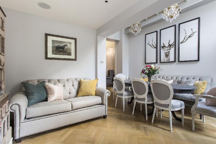 charming London Ovington Gardens luxury apartment