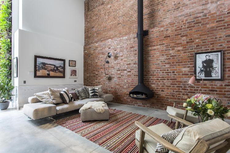 amazing multilevel London Clerkenwell Cooperage luxury apartment and holiday home