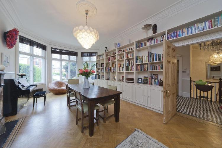 beautiful London Mapesbury Road luxury apartment and holiday home