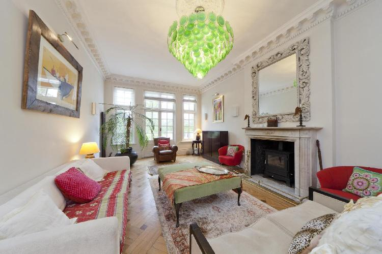 charming London Mapesbury Road luxury apartment and vacation rental