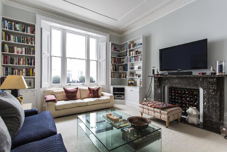 charming living room of London Harcourt Terrace luxury apartment