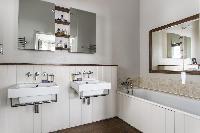 nice double-sink vanity in London Mayfield Avenue II luxury apartment