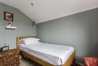 serene bedroom in London Mayfield Avenue II luxury apartment