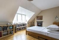 breezy and bright bedroom in London Mayfield Avenue II luxury apartment
