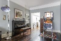 cool upright piano in London Mayfield Avenue II luxury apartment