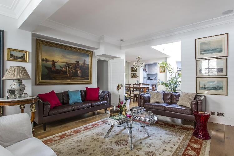 beautiful London Peel Street III luxury apartment and holiday home