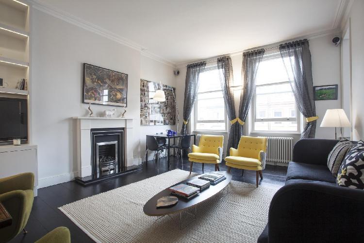 snug and serene London Brechin Place IV luxury apartment