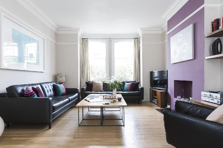 exquisite London Eddiscombe Road luxury apartment and vacation rental between Fulham and Sands End,