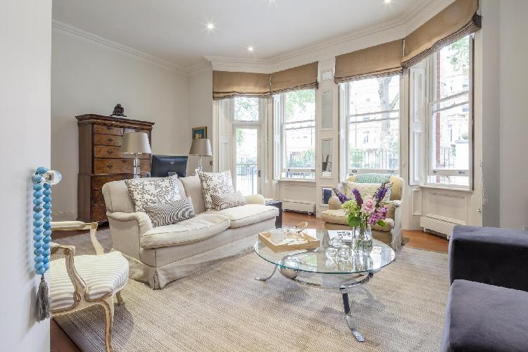 beautiful London Gledhow Gardens V luxury apartment and holiday home