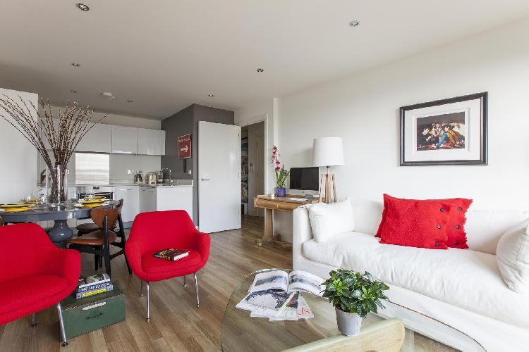 awesome London Claremont Court luxury apartment
