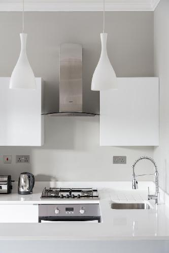 state-of-the-art kitchen in London Callow Street III luxury apartment