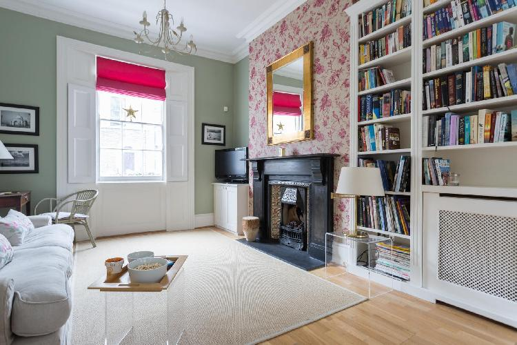 nicely furnished London Remington Street luxury apartment