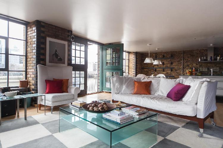 beautiful London Clink Wharf luxury apartment and holiday home